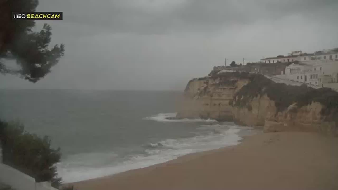 Webcam Carvoeiro beach, Carvoeiro, Algarve, Portugal